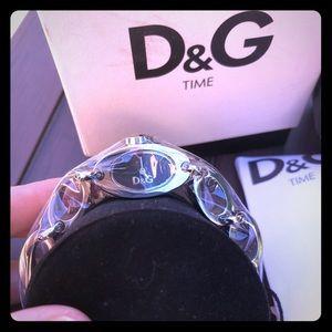 Dolce & Gabbana Silver Women's Bracelet Watch